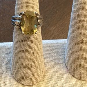 Silver and yellow stone ring